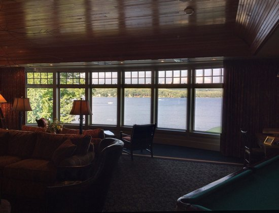 Church Landing at Mill Falls : Pool Room