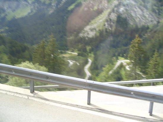 Bernina Express: Train looks safer