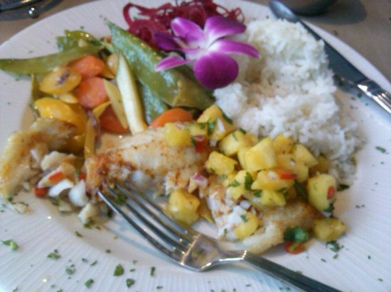 Snappers Sea Grill: Island Grouper