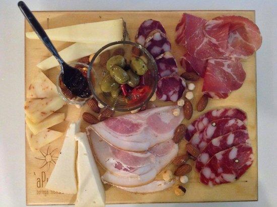 A' Putia Bottega Siciliana: Tagliere Salumi 1
