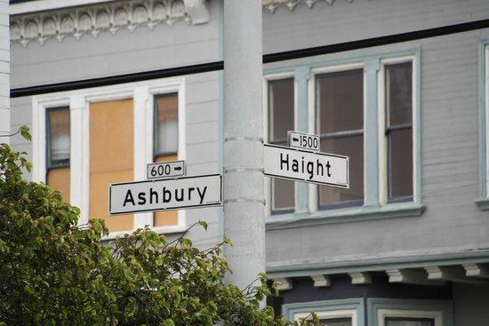 The Real S.F. Tour: Haight Ashbury - hippy ville