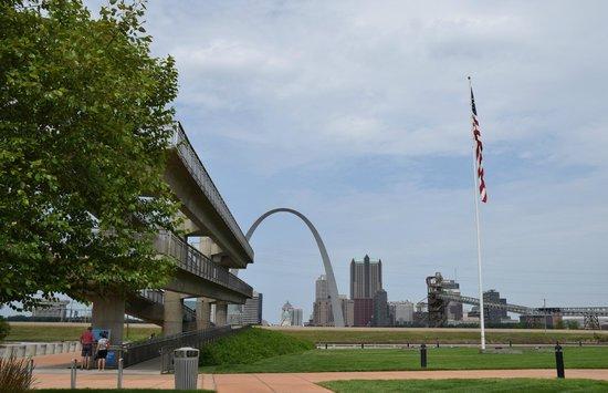 Malcolm W Martin Memorial Park: park grounds