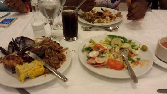 Hotel Riu Montego Bay: Food