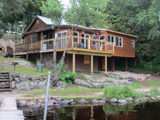 White Iron Beach Resort: Cabin viewed from dock