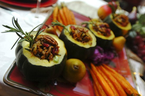 Green Turtle Market: Acorn Squash with Bourbon Raisin Filling
