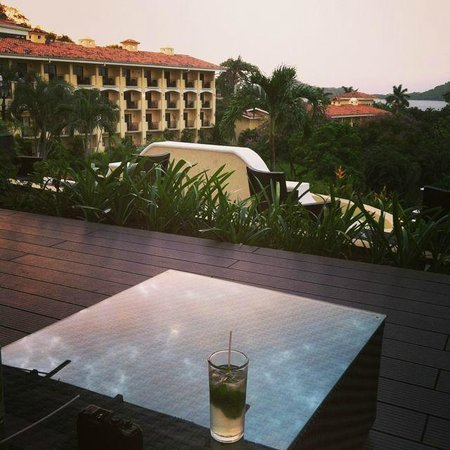Occidental Papagayo - Adults only: Sunset drink