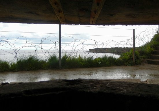 Normandy Sightseeing Tours: Inside a bunker, Pointe du Hoc