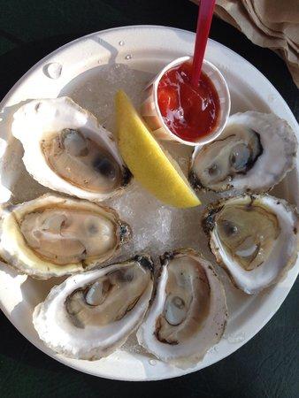 Arnold's Restaurant: Wellfleets