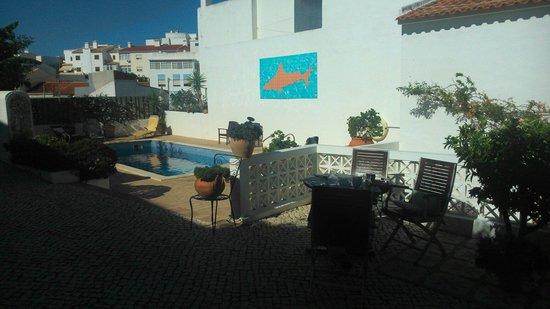 Rio Arade Manor House: Zona piscina