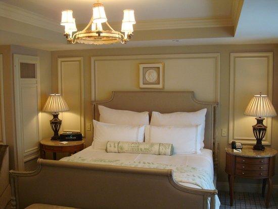 The Jefferson, Washington DC: Bed