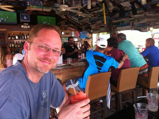 Little Cayman Beach Resort: Enjoying a drink at the Bar
