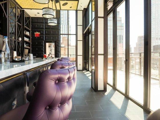 Archer Hotel New York: Spyglass Rooftop Bar