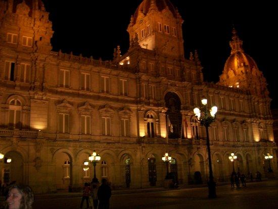 Plaza de Maria Pita : Una de las mas lindas de España