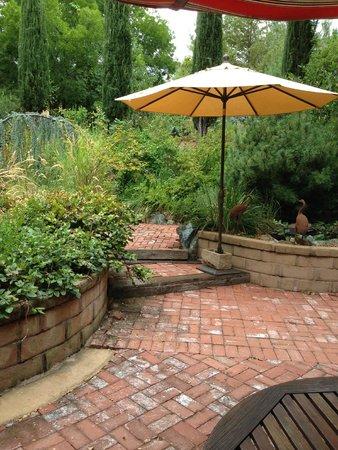 Eden Vale Inn: Gardens