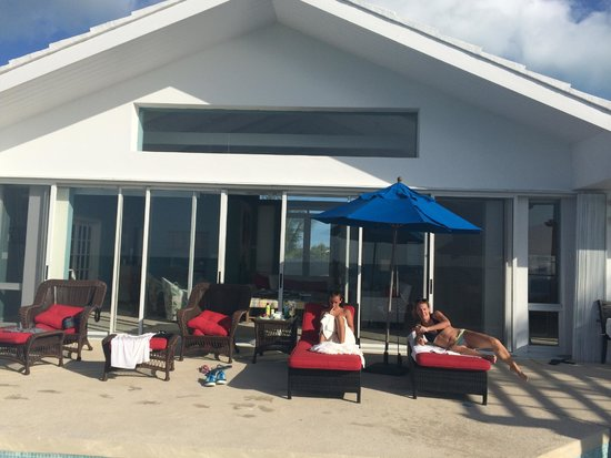 Windsong Resort: The Villa from the beach.