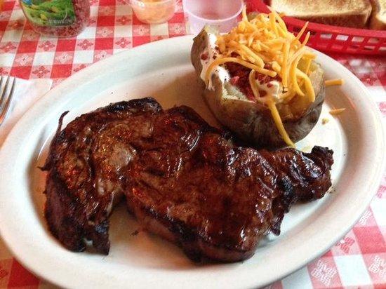 Old Hickory Steak House: steak
