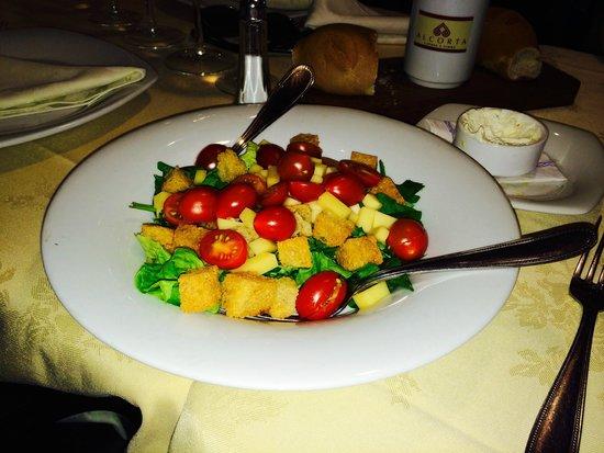 Alcorta carnes y vino: Salada da Temporada