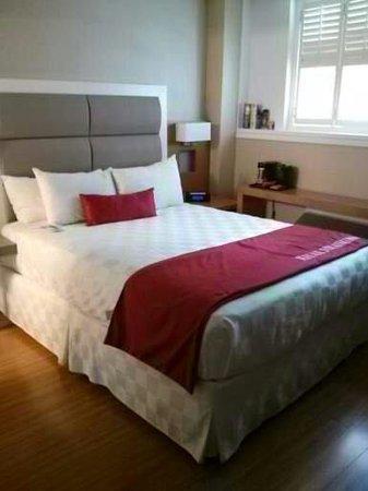 The Strathcona Hotel: Chambre