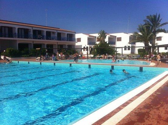 Hotel Club Santa Sabina : la splendida piscina