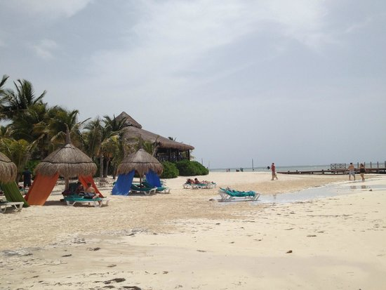 Secrets Silversands Riviera Cancun: One view of beach area