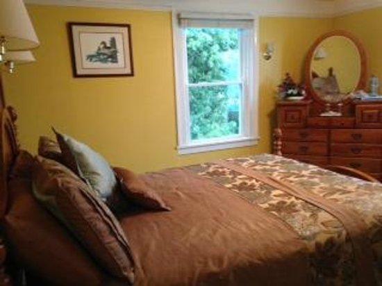 Driftwood Inn Bed and Breakfast: Room 2