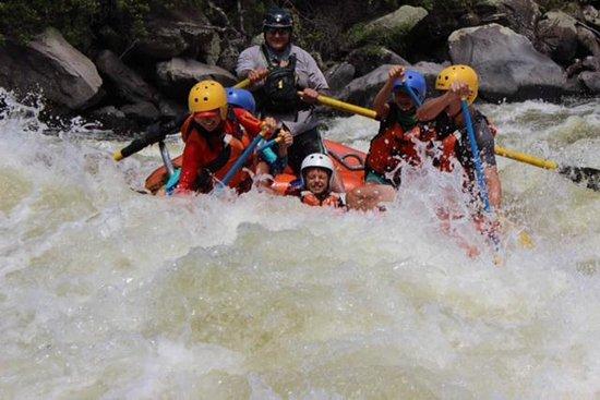 Noah's River Adventures: Upper Klamath: Hell's Corner!  YeeHaw!