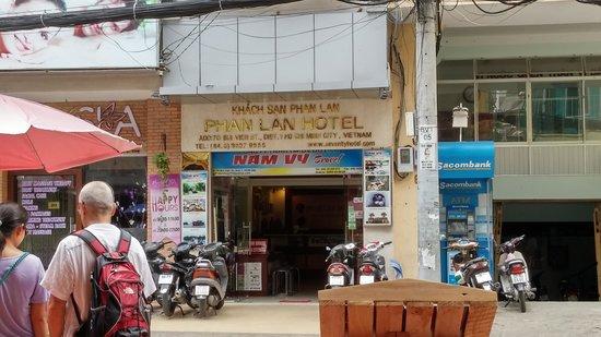 Seventy Hotel: front