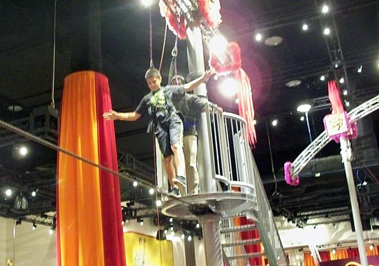 The Franklin Institute: Nathan on tightrope