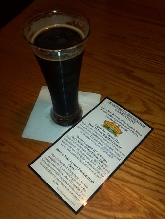 Duckworth's Grill & Taphouse: Yum! Delicious tones of coffee/chocolate and a background spice that's rich and isn't heavy.  Si