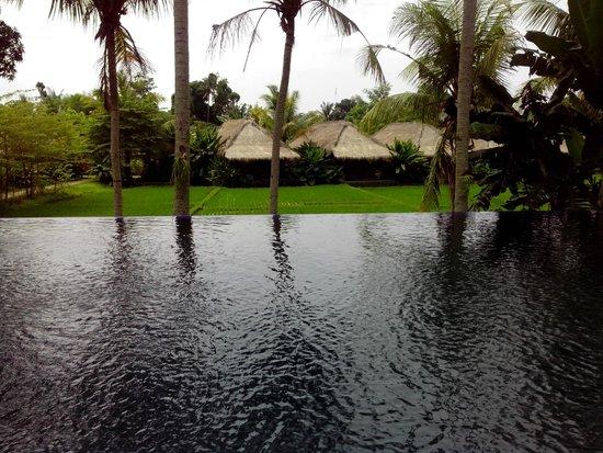 Sapulidi Bali Resort & Spa: View from main pool