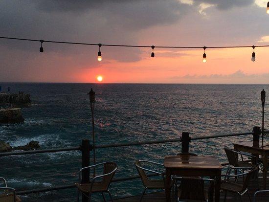 Rockhouse Hotel: Sunset