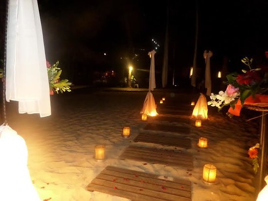 Hilton Bali Resort : private dinner on the beach