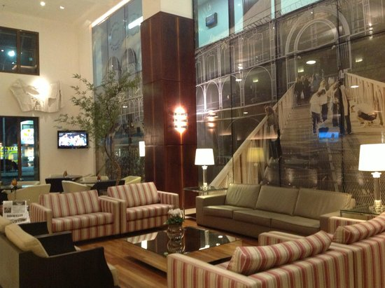 Four Points by Sheraton Curitiba: Hall