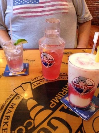 Bubba Gump Shrimp Co.: cold drinks on a hot summer day.