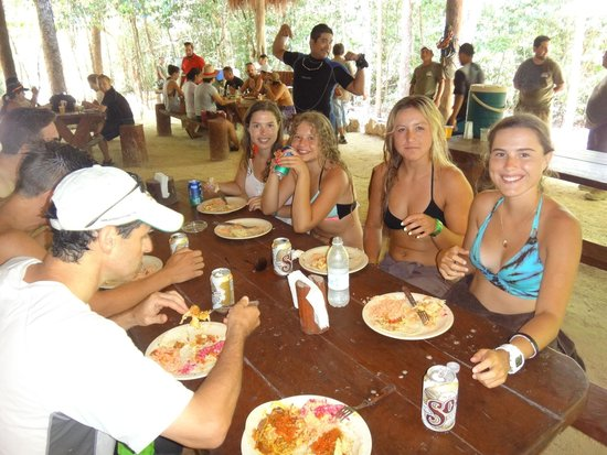 Edventure Tours : Mayan lunch with chilled beer :)