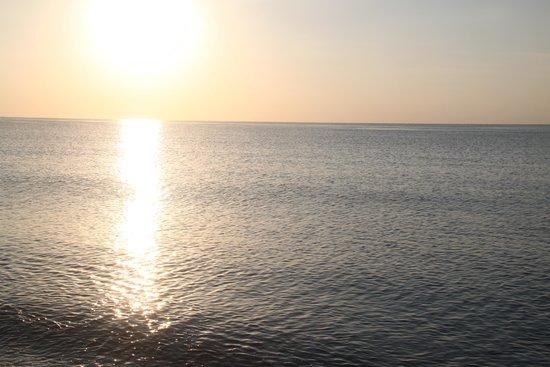 Dessole Lippia Golf Resort: Il mare subito dopo il sorgere del sole