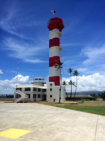 Pearl Harbor: Airfield operation control tower