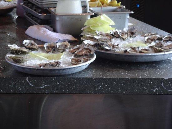 Hog Island Oyster Company: Raw oyster platters.
