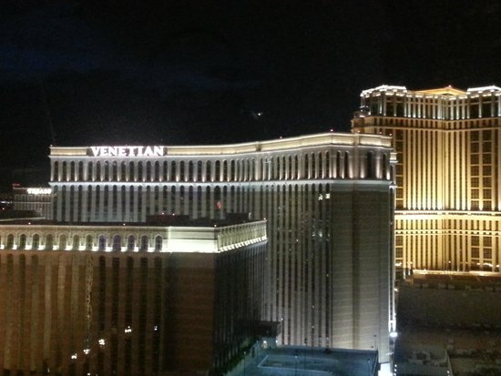 High Roller: View from the Linq