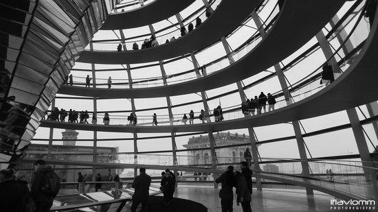 Plenarbereich Reichstagsgebäude: Rampa circular