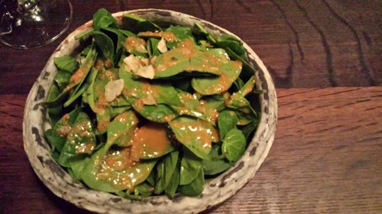 Sake Restaurant & Bar: baby spinach salad