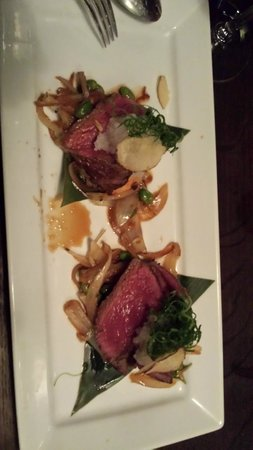 Sake Restaurant & Bar : beef sirloin was very good, my serving should have been cut smaller for easy chop sticks use