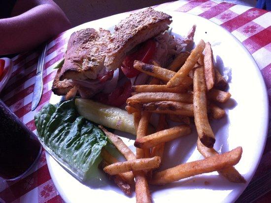 Marys Pizza Shack : Sandwich & frites