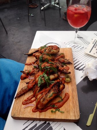 Ibiza Rocks Bar and Diner : Now these are what I call 'Hot Wings'!!
