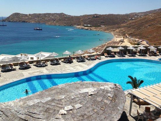 Royal Myconian Resort & Thalasso Spa Center: Salt water pool
