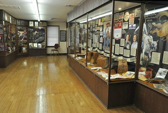 Old Town Museum : Memorabilia from the Beutler family fills most of the main building's upper floor.