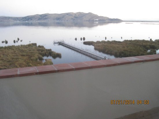 Hotel Jose Antonio Puno: View of Lake Titicaca from our balcony
