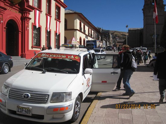 Hotel Jose Antonio Puno: Our taxi driver picking us up at the predetermined town square spot for our return trip to the h