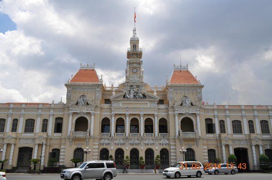 Ho Chi Minh City Urban Adventures: City Hall