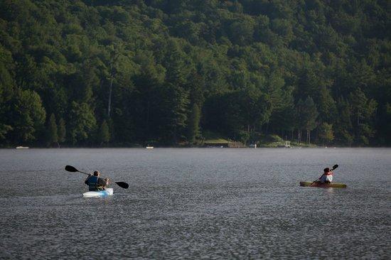 Big Moose Inn : Summer Morning Canoes